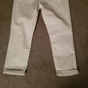 a.n.a Jeans - White Cropped Boyfriend Jeans by a.n.a.